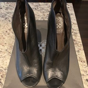 Vince Camuto Amber Shootie
